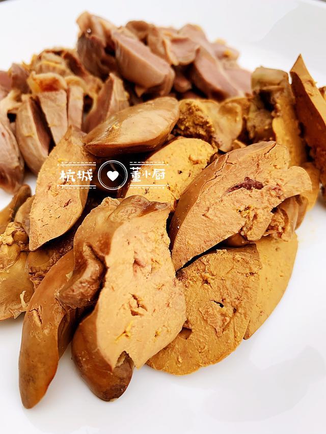 香糟鸡胗鸡肝,鲜咸开胃、酒香浓郁,专治黄梅天胃口不开症